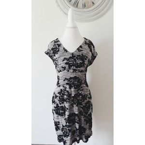 Dresses & Skirts - Cute & Comfy Dress